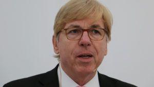RA Werner Vogl behandelte das schwierige Thema Antikorruptionsgesetz.
