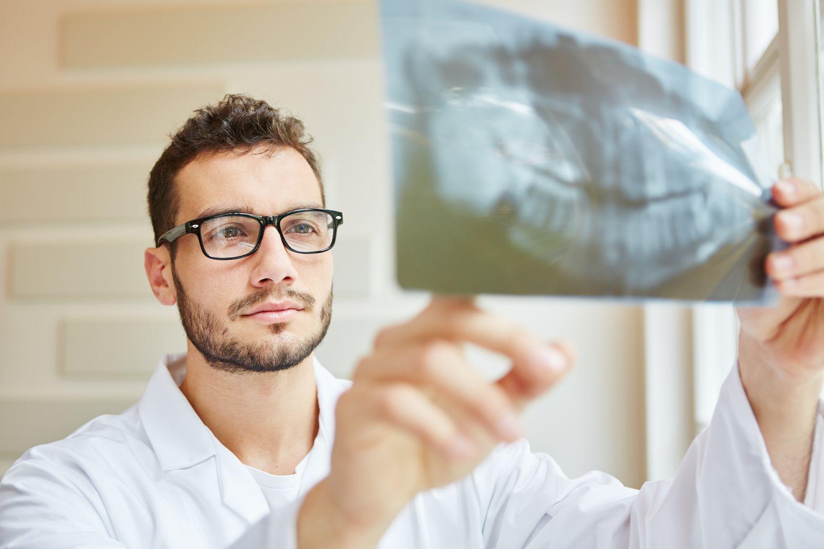 So viel verdienen Zahnärzte