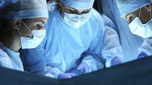 Chirurginnen beim Terroreinsatz
