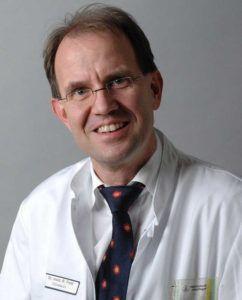 Dr. Rüdiger Feik beschäftigt Physician Assistants