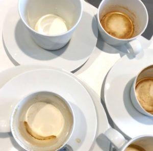Typisch für den Relaunch einer Unternehmenswebseite: Kaffeetassen