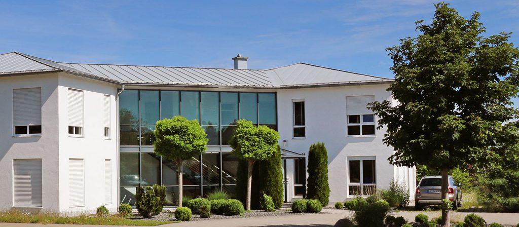 Der Fachverlag teamwork media, ein Tochterunternehmen des Deutschen Ärzteverlags, sitzt in Fuchstal.