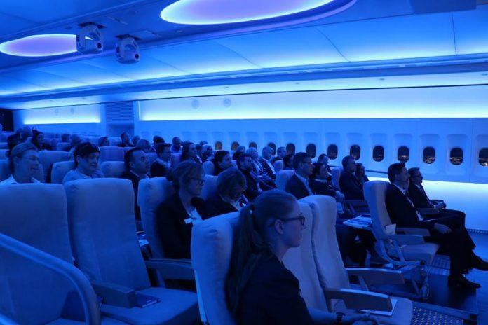 Flugzeug-Feeling beim Launch-Event von Oral-B