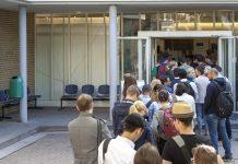 Reger Andrang beim Karrierekongress Operation Karriere, einem Veranstaltungsangebot des Deutschen Ärzteverlags