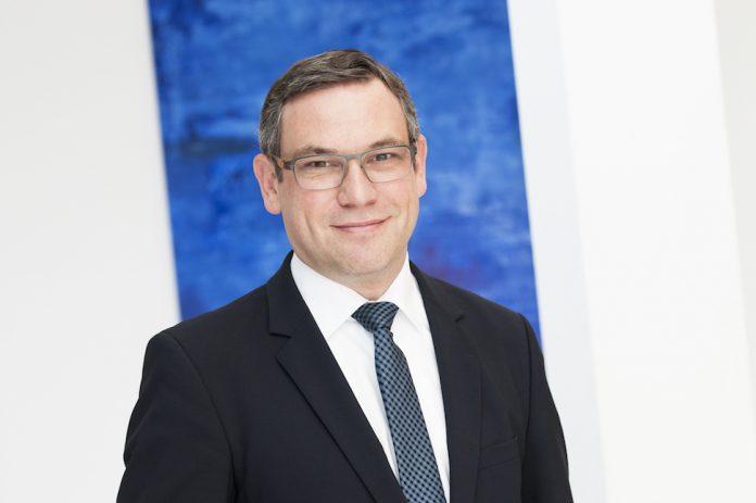 Oliver Ehrnstorfer von medical relations