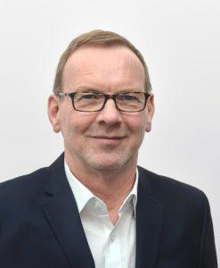 Wolfgang Richter ist Leitung Marketing / Business Development bei Permadental