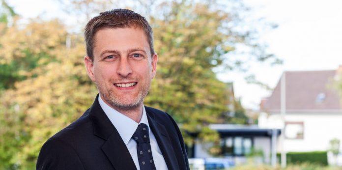 Rechtsanwalt Steffen Koch erklärt im Interview, welche rechtlichen Fallstricke es für Pharmaunternehmen beim Thema Influencer Marketing zu beachten gilt.
