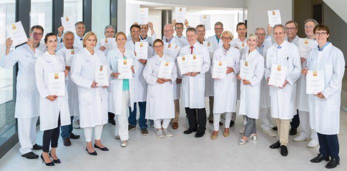 """33 Ärzte am Uniklinikum Münster wurden in diesem Jahr von """"Focus Gesundheit"""" als beste Mediziner ausgezeichnet. © UKM/Marschalkowski"""