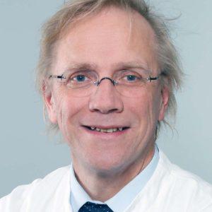 Dr. Johannes Fischer, Leiter der UKD-Knochenmarkspenderzentrale