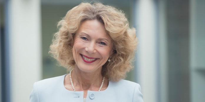 Psychiaterin Dr. Iris Hauth: Die verändernde Kraft von Krisen als Chance nutzen, um daran zu wachsen ©Claudia Burger
