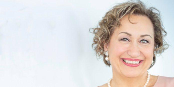 Claudia Handl von Pfizer Austria über den Nachhaltigkeitsbericht und das Thema Nachhaltigkeit im Marketing