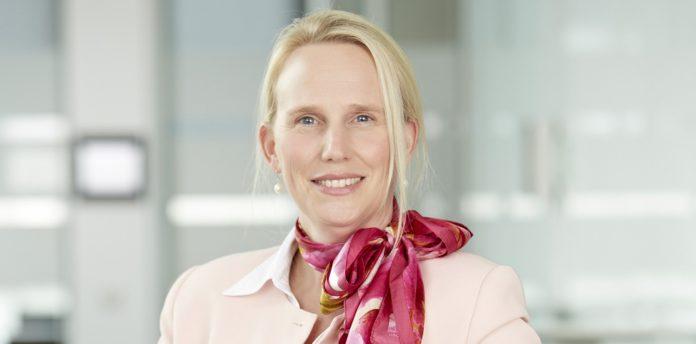 """Katrin Gehring-Budig, Leiterin des Bereichs Human Resources bei dem Bad Homburger Pharmaunternehmen Lilly, ist überzeugt: """"Im virtuellen Recruiting und Onboarding braucht es vor allem Vertrauen und eine gute (Fehler)Kultur."""", © Lilly"""