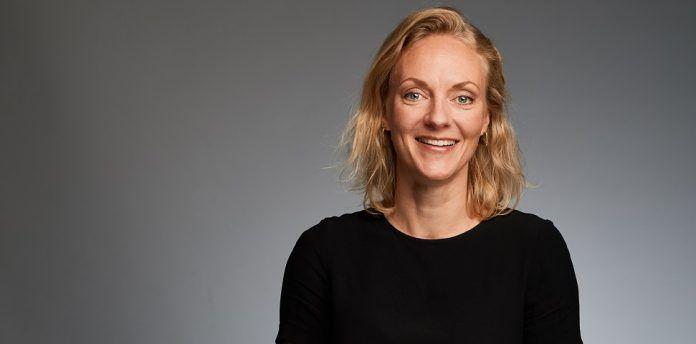 """Katherine Ossenkopp, Franchise-Leiterin in der Geschäftseinheit General Medicines bei Sanofi: """"Die Entscheidungswege sind teilweise noch sehr unflexibel. Die Abläufe müssten wesentlich schneller funktionieren, um digitale Technologien zur Verfügung zu stellen."""" © Sanofi"""